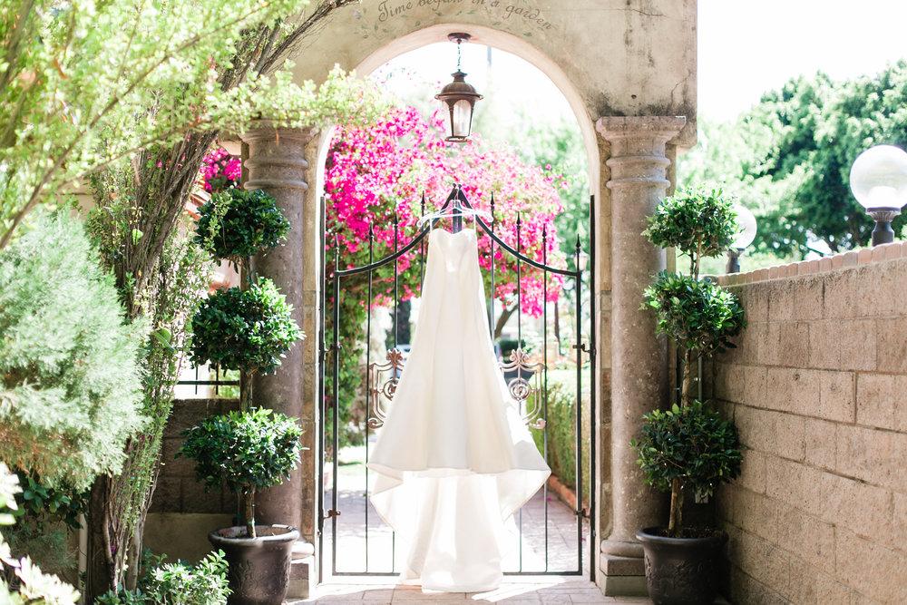 Bride Prep-1099.jpg