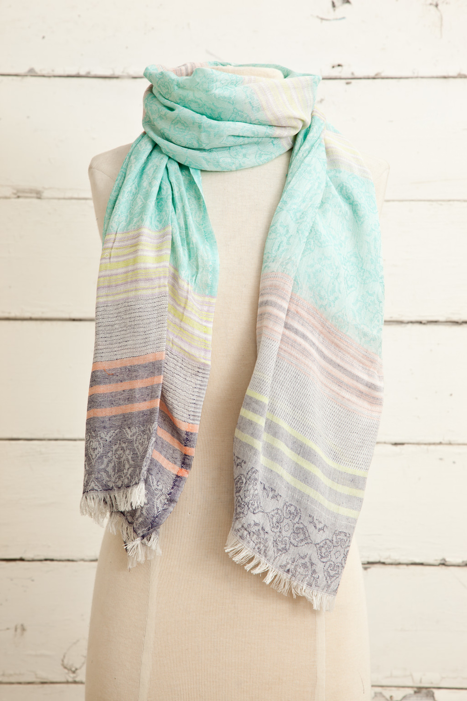 "Style No.: #8686  Color: Multi  Quality: Cotton Modal Jaquard  Size: 28"" x 72"""