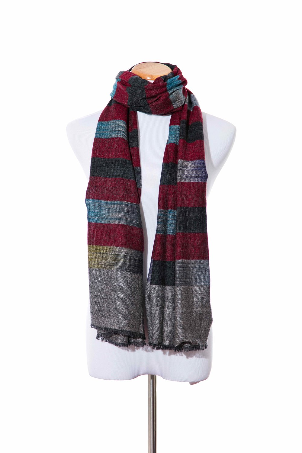 STYLE NO: 11216  COLOR: MAROON GREY  QUALITY: 60% WOOL 40% NYLON  SIZE: 67 X 190 CM