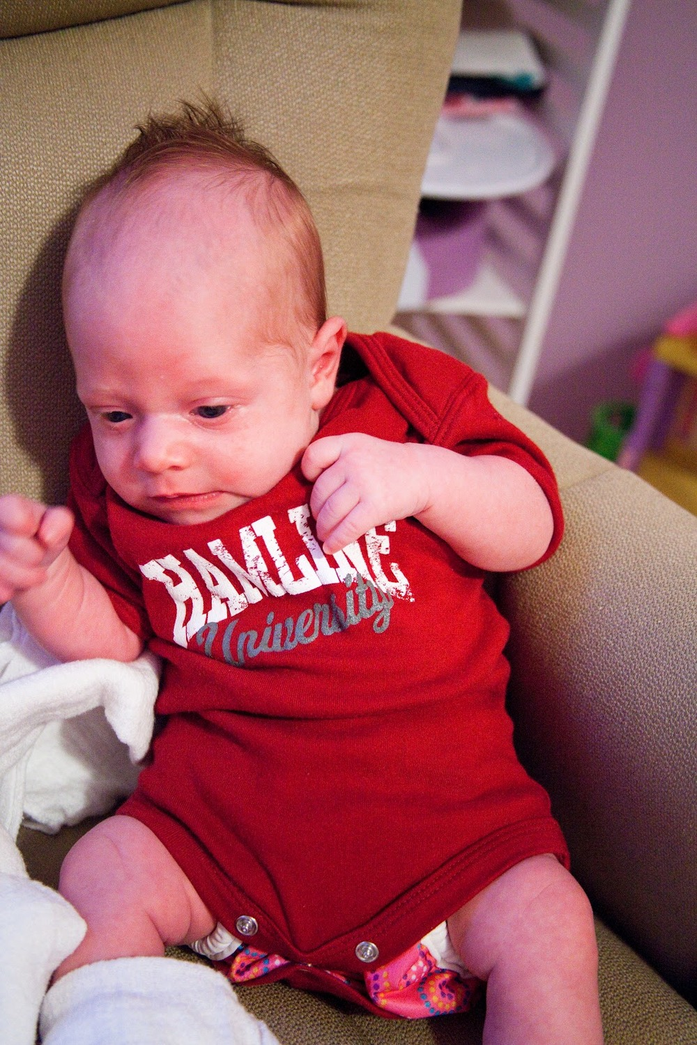 Little Miss Rowdy as a Newbie! See how her diaper cover matches her Hamline onsie? Uh...