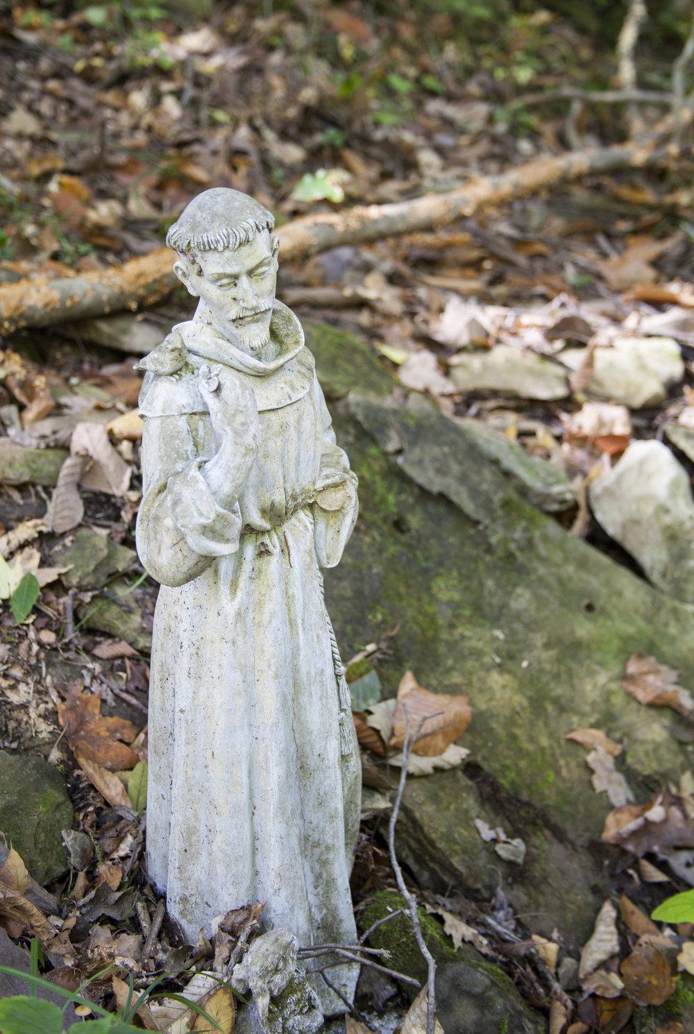 Saint Francis St. Francis garden statue