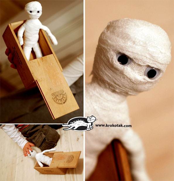 You'll have the cutest little mummy on the block with this super-simple posable mummy doll!