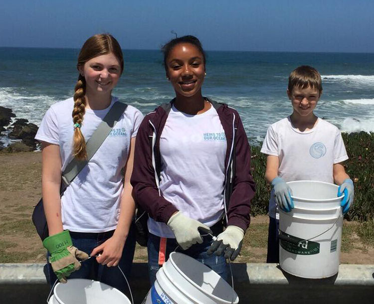 Heirs to Our Oceans volunteer kids.jpg