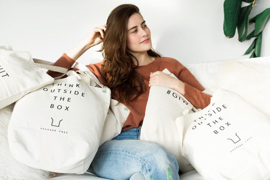 shopping-bags-2-1100x611.jpg