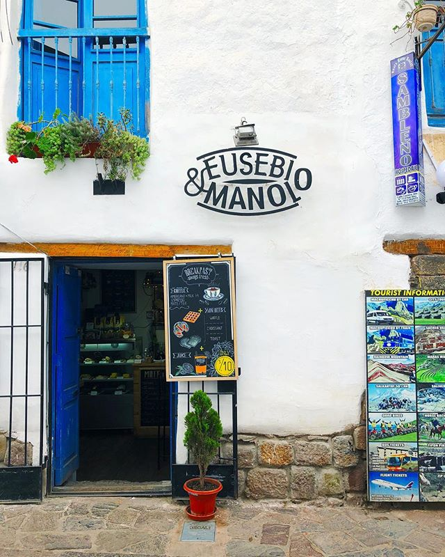 Buenos Dias from Peru! Trying to keep my travel spam to a minimum but there is so much type and colour inspo at every turn 💙 · · · #design #inspiration #cusco #peru