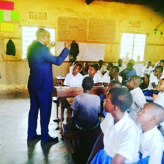 My spirit is rejuvenated by the energy, hopes and dreams of our children. The future of Uganda 🇺🇬 depends heavily on how we educate, skill and steward them into leaders for themselves, their communities and nation. We all have a responsibility to play in our nation's building! Grateful to our @teachforuganda fellows, team, board and partners and friends. @teachforall @sabrinadupre @barbaritabush @masonelisabeth