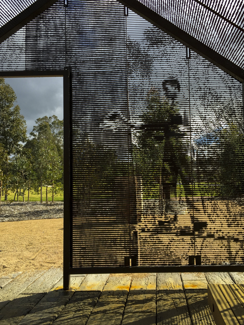 Shelter_Vic Timber Workers Memorial_Heyfield_04.JPG