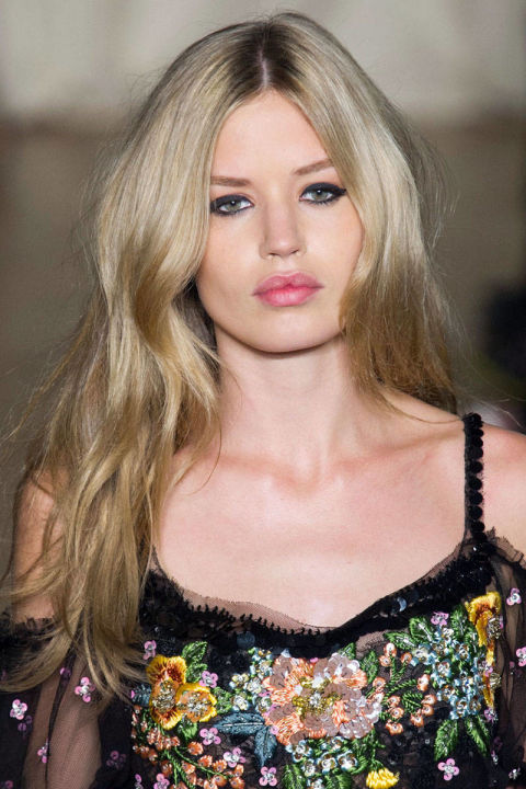 54bc27e719348_-_way-hair-trends-loose-long-waves-marchesa-clpi-rs15-8421-lg.jpg