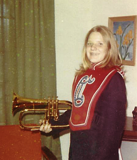 Roxanne with Flugelhorn.png
