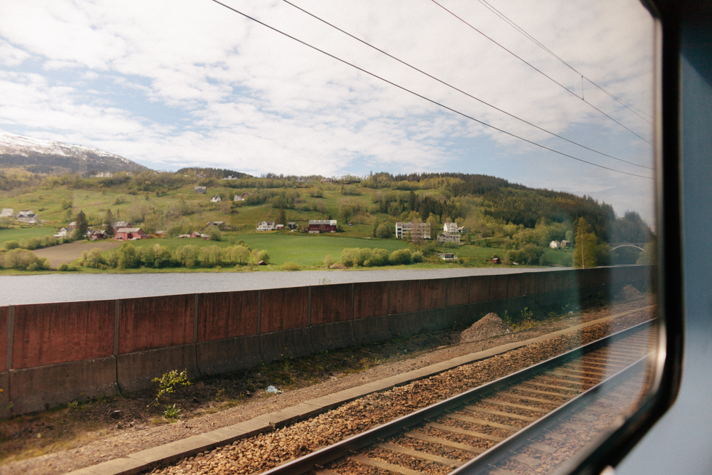 train from Voss to Bergen
