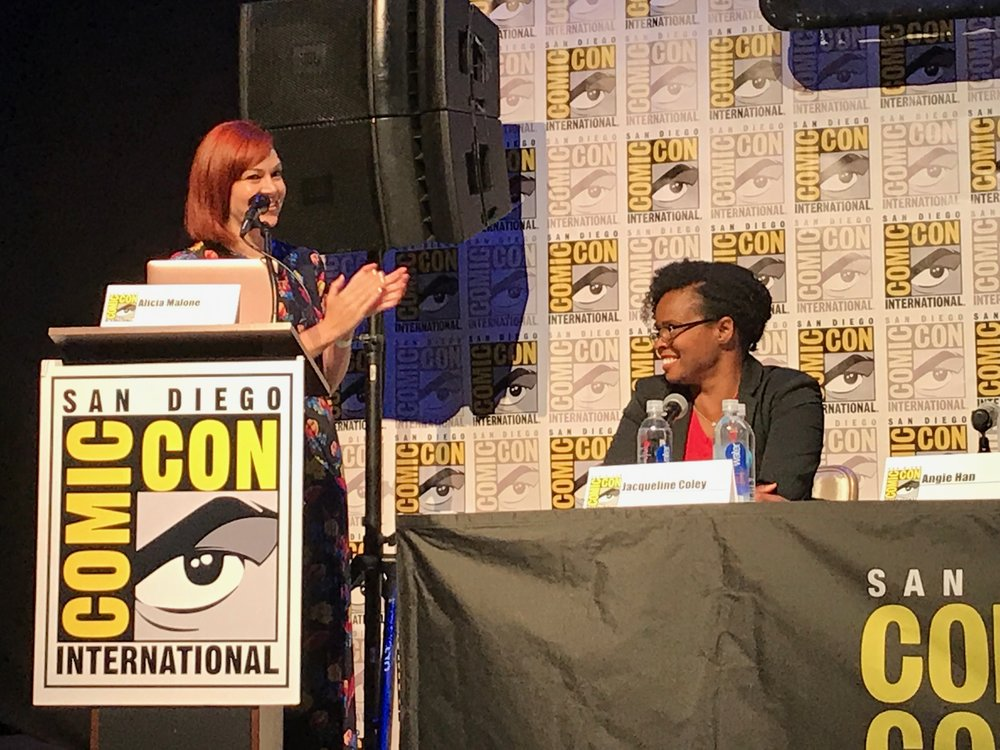 moderating the 'female voices of film twitter' panel at comic con