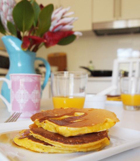 punpkin_ricotta_pancakes_1.jpg