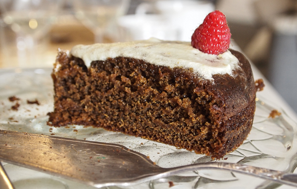 Anna Olson elegant gingerbread layer cake