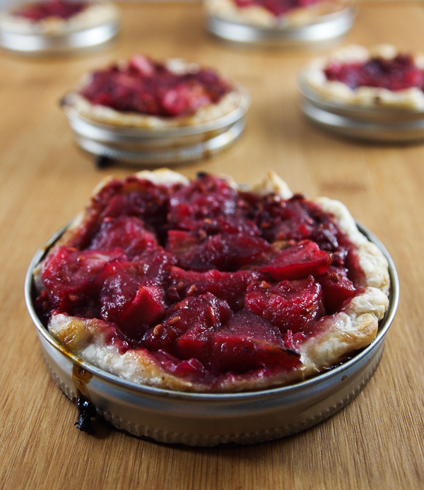 tarts baked in mason jar lids