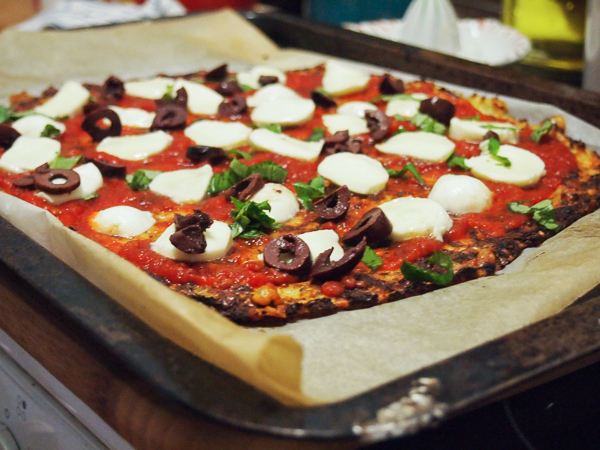 gluten free cauliflower pizza base recipe