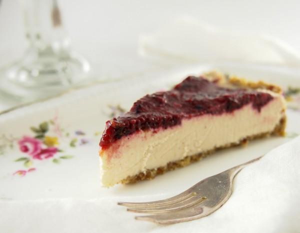 vegan-cheesecake-1-1-of-1-600x466.jpg