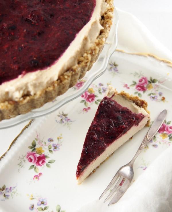 vegan-cheesecake-2-1-of-1-600x741.jpg