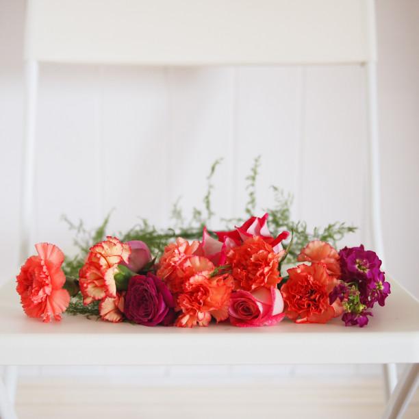 Showroom flower crown workshop