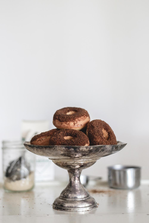 baked_cinnamon_doughnuts_recipe.jpg