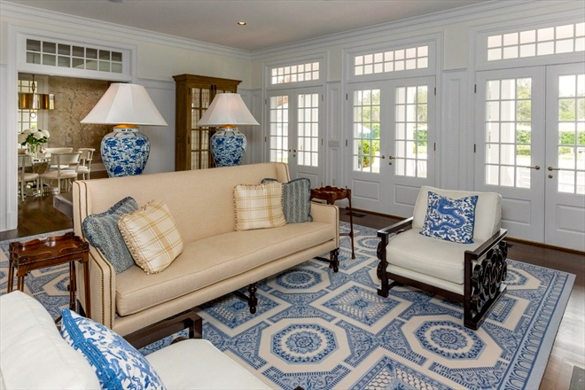 Home In The Hamptons A Blue Amp White Home In Quogue The