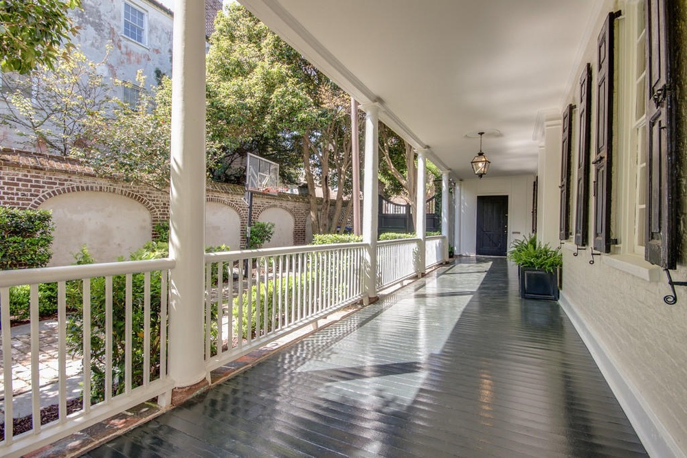 Historic Charleston Townhouse 262 Years Young The Foo