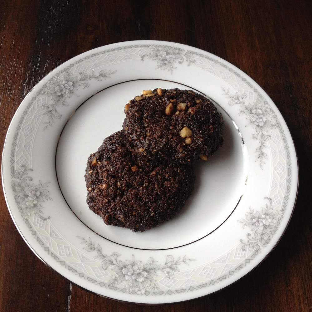 Low Carb Double Chocolate Chip Cookie--sugar, egg, gluten & dairy free - DaytoDayAdventures.com