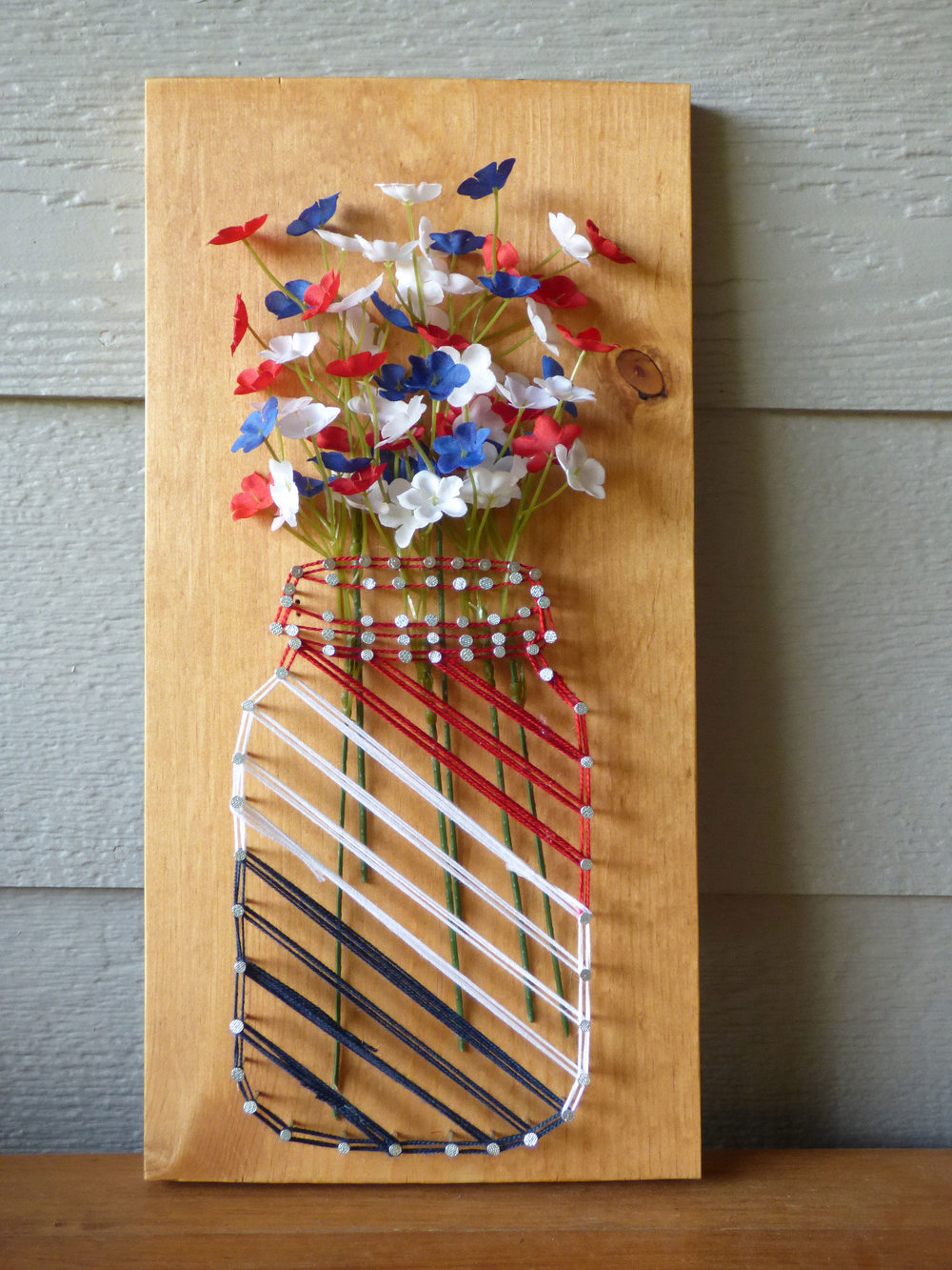 How to make a Mason Jar String Art Flower Vase