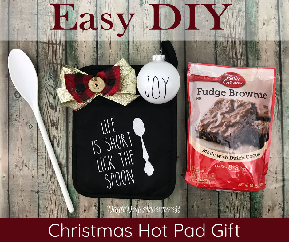 Easy DIY Christmas Hot pad Gift