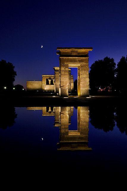 templo de debod flickr.jpg