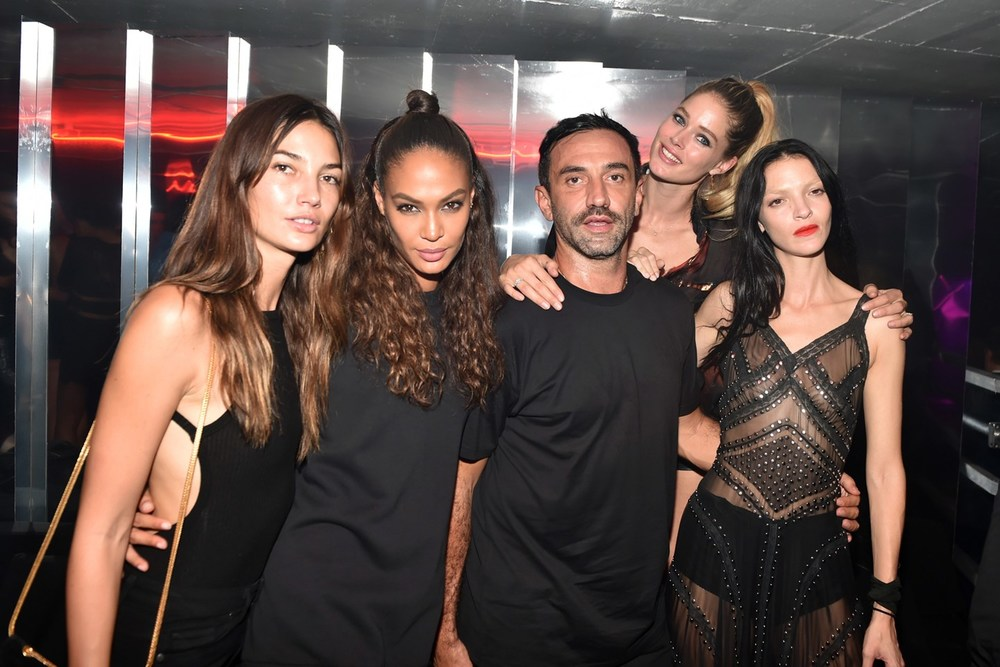 Givenchy after show party LilyAldride-JoanSmalls-RicardoTisci-Doutzen-Kroes.jpg