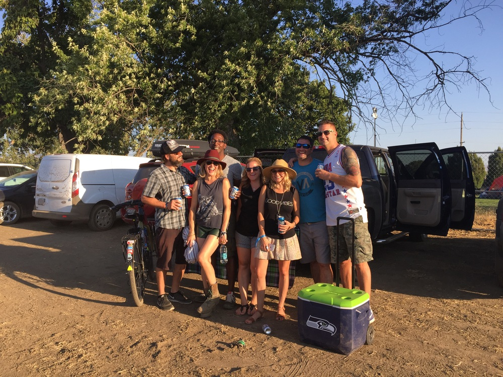 Met Charles and October in Walla Walla for a music festival and met these awesome peeps from Washington (from left: October, Charles, Trina, Holly, Doug and Cory)..... They were trying to get me drunk!