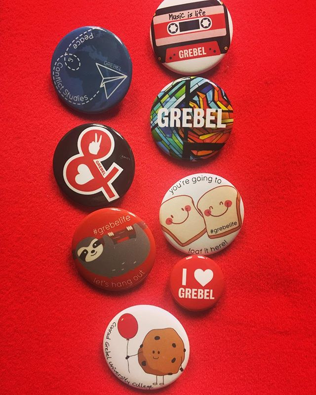 Tag a friend who you think should come to the March Break Open House, grab a button and go on a Grebel tour this Saturday 10:00AM - 5:00 PM  Good news! Volunteers get a button too! 🙌 #grebelife #uwaterloolife #beyondideas #kwawesome #uwawesome #kitchener #waterloo