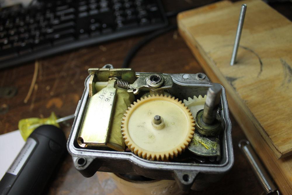 3 - WnGtrBA - Actuator - Gears.jpg