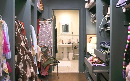 hbo+closet+carrie.jpg