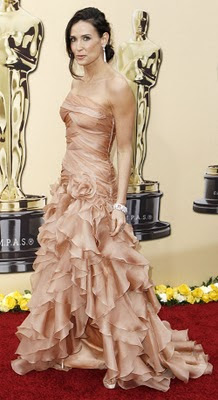 demi-moore-2010-oscars-red-carpet.jpg