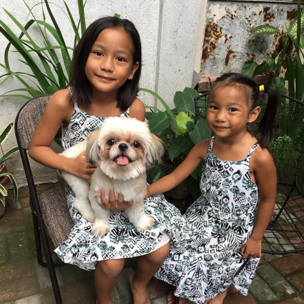 Butters' Playmates Isabella and Helena at Glowie's home in the South