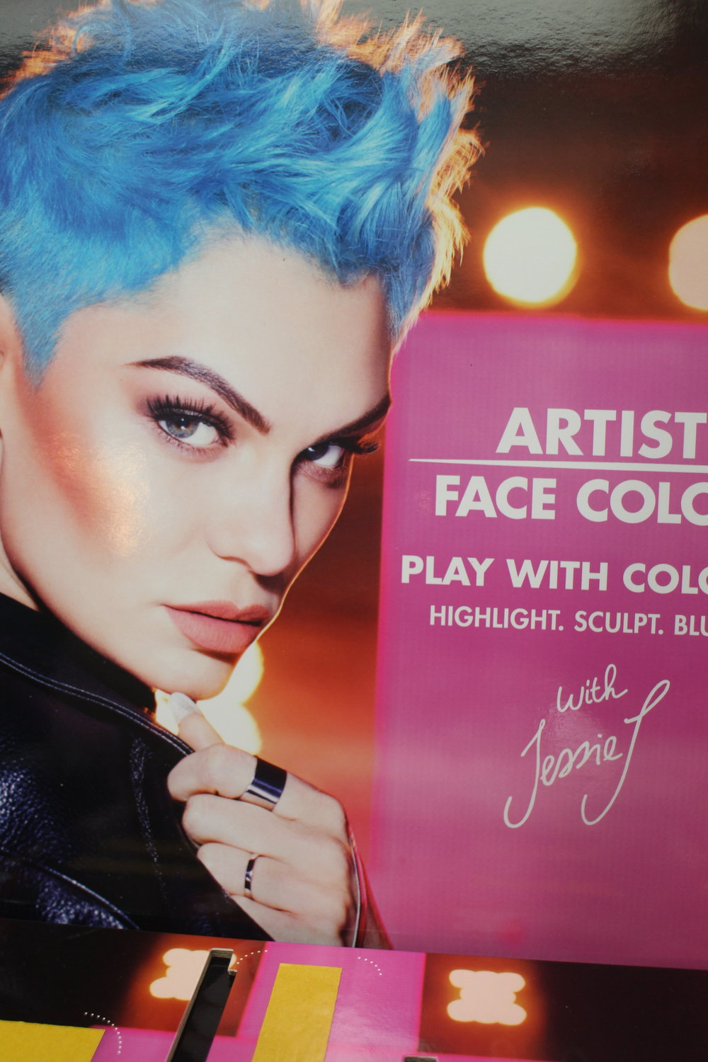 Jessie J x Make Up For Ever -