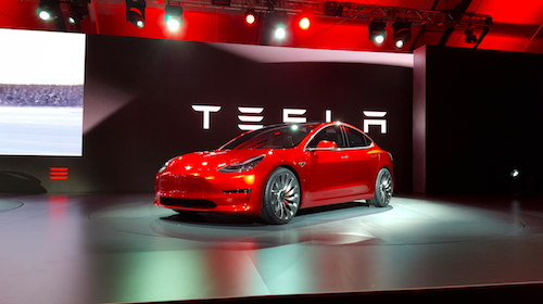 Tesla-Model-3-red.png