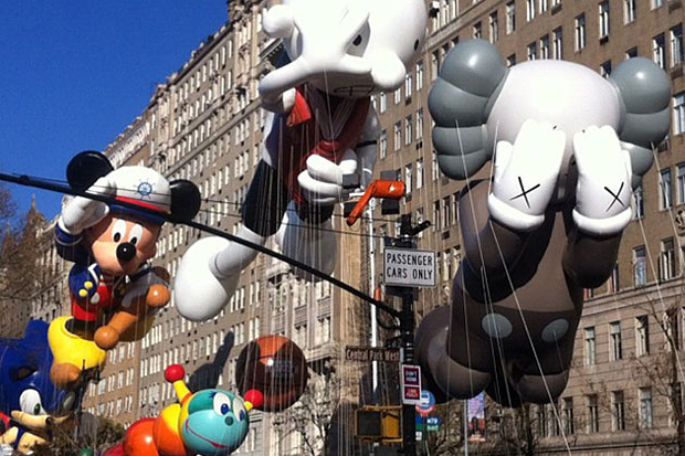 cbs-talks-about-kaws-companion-balloon-for-macys-thanksgiving-day-parade-video-0.jpg