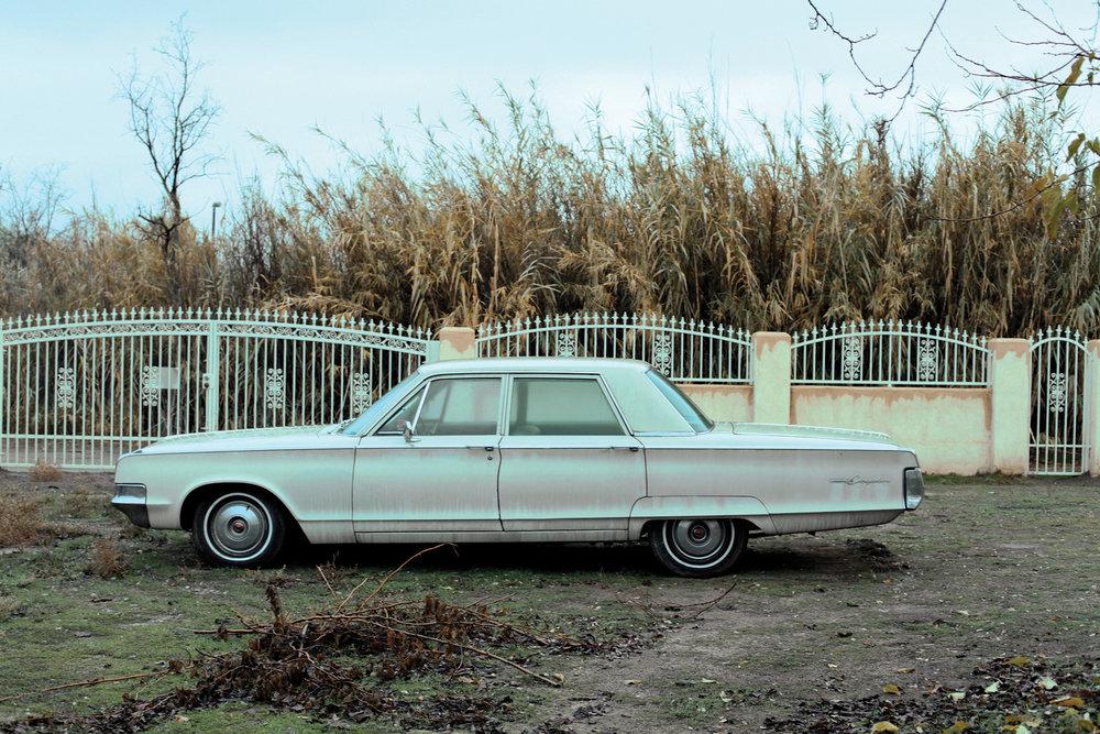 old-car-abandoned.jpg
