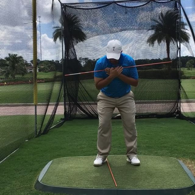 Coiling/turning in the golf swing is extremely important. 🏌️check out my IGTV for full video🏌️‍♂️ ———————————————— 1) correct way  2)incorrect way ( it looks odd/funny but some people look like this) ————————————————— ⛳️: @wycliffegolfcc  #rydercup2018 #instagolfer #golfswing #golftips #golf #westpalmbeach #boca #ftlauderdale #tampa #lasvegas #sanfrancisco #newyork #atlanta #austin #barcelona #manchester #prague #ibiza #shenzhen #southafrica #brisbane #saopaulo #Mexico