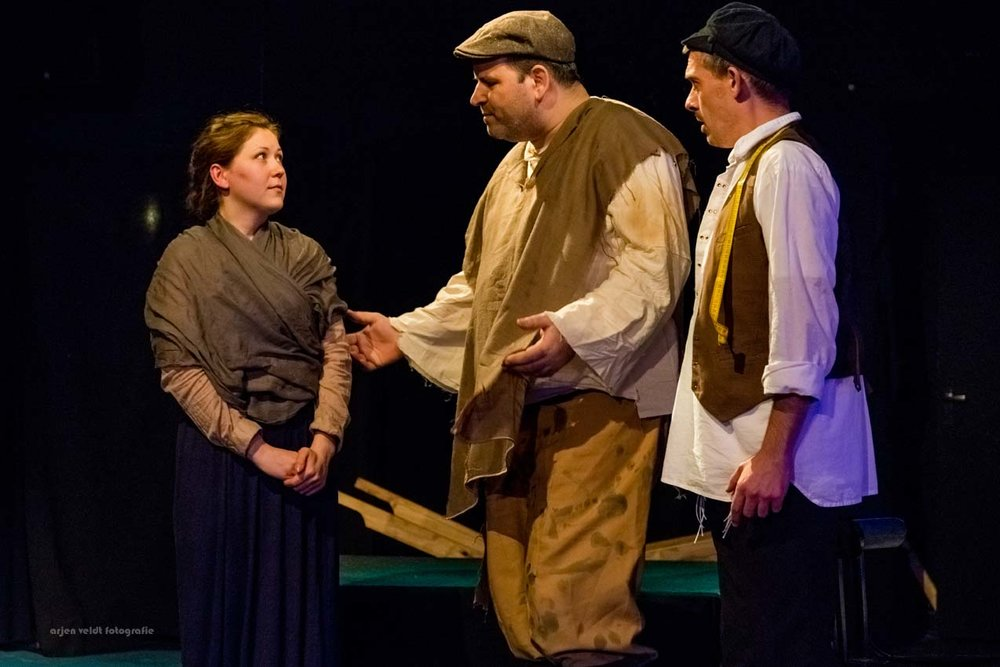 11.02.17 AVF InPL Fiddler on the Roof -2005.jpg