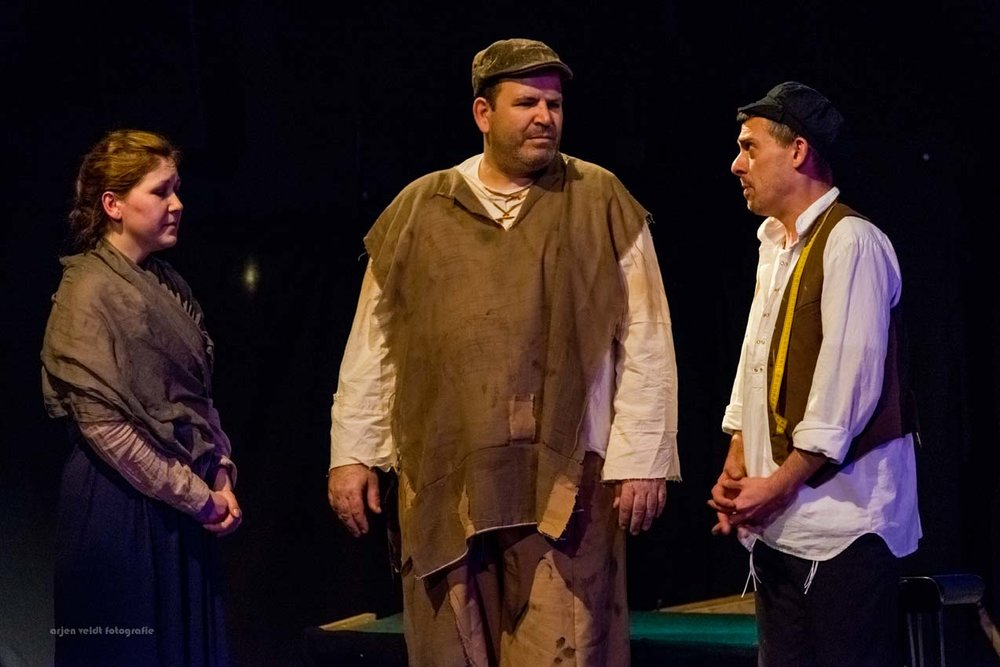 11.02.17 AVF InPL Fiddler on the Roof -2007.jpg