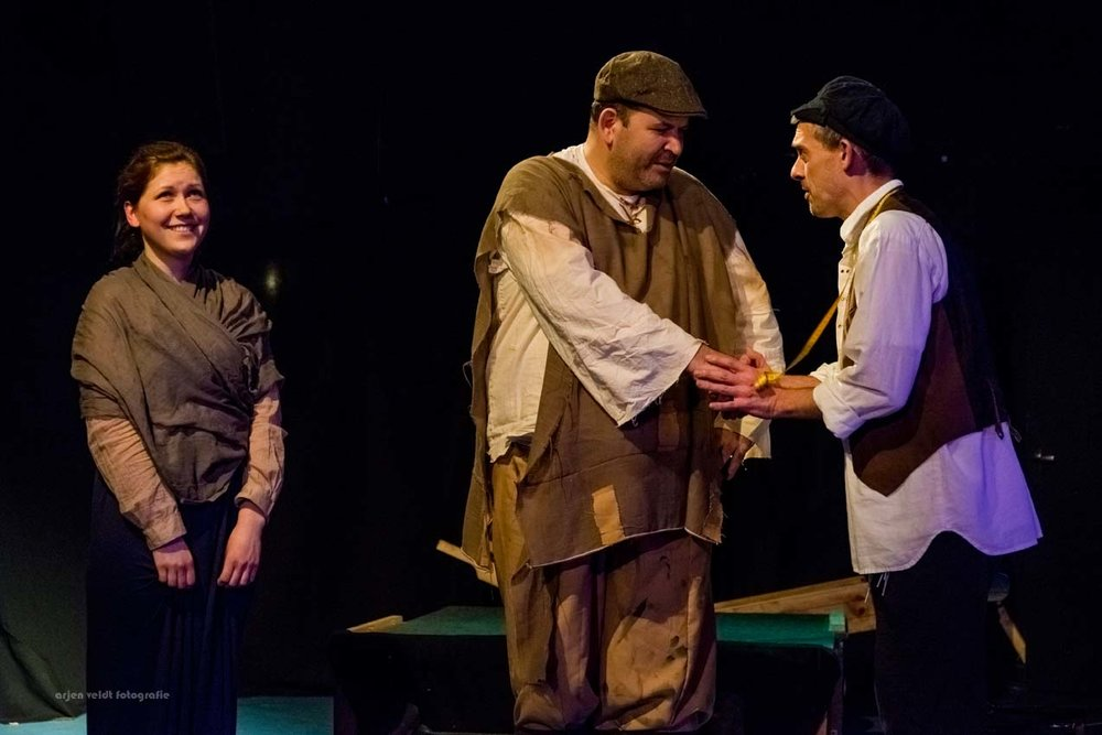11.02.17 AVF InPL Fiddler on the Roof -2008.jpg