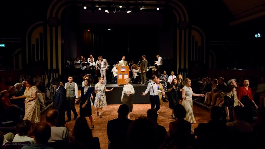 'Allegro' performance image, courtesy of Arjen Veldt