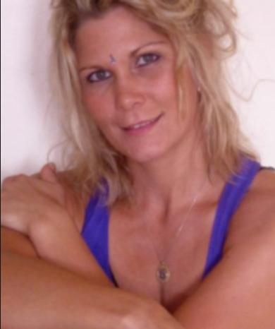 Roanna harstad wickford yoga detox training