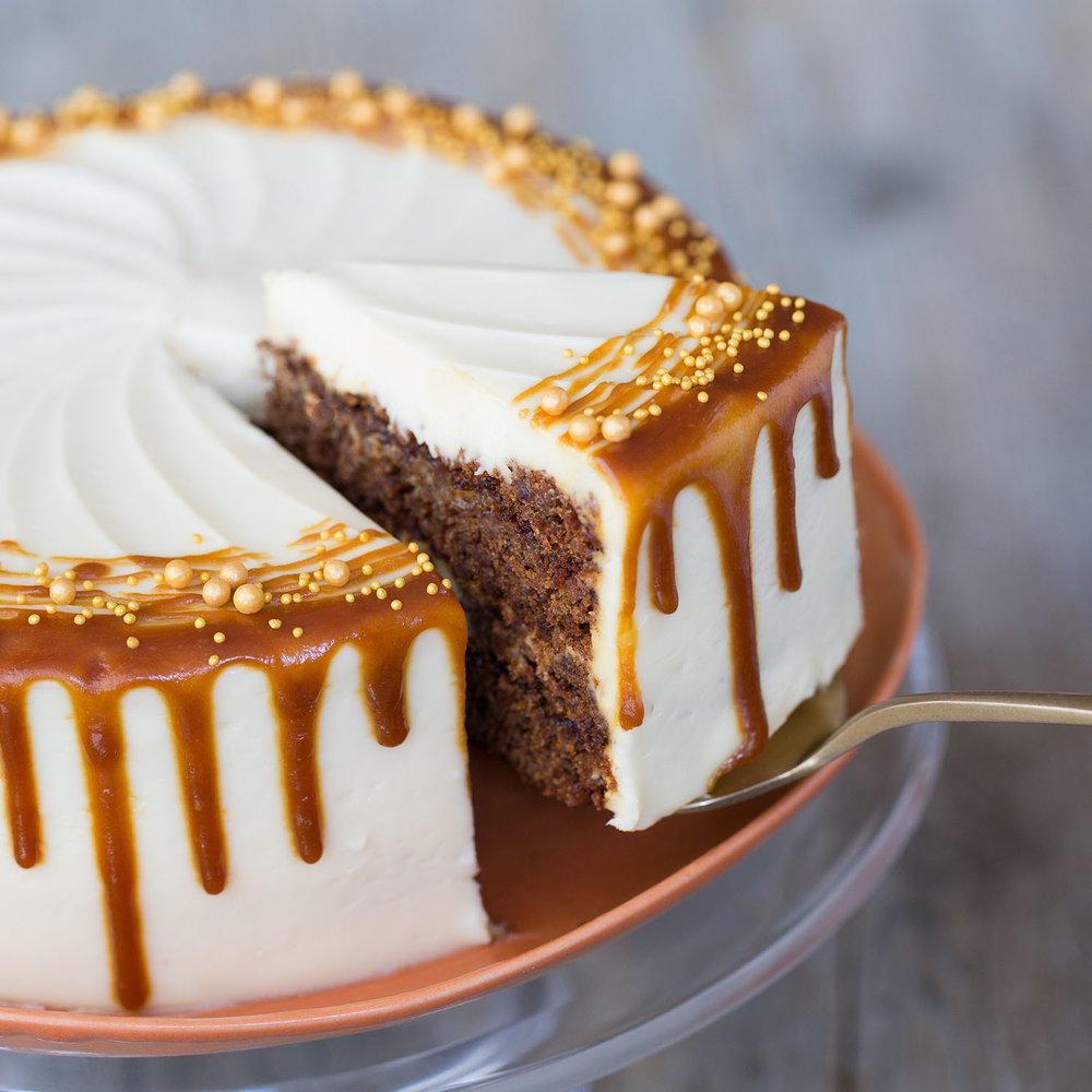 cake-slice-tom-moggach.jpg