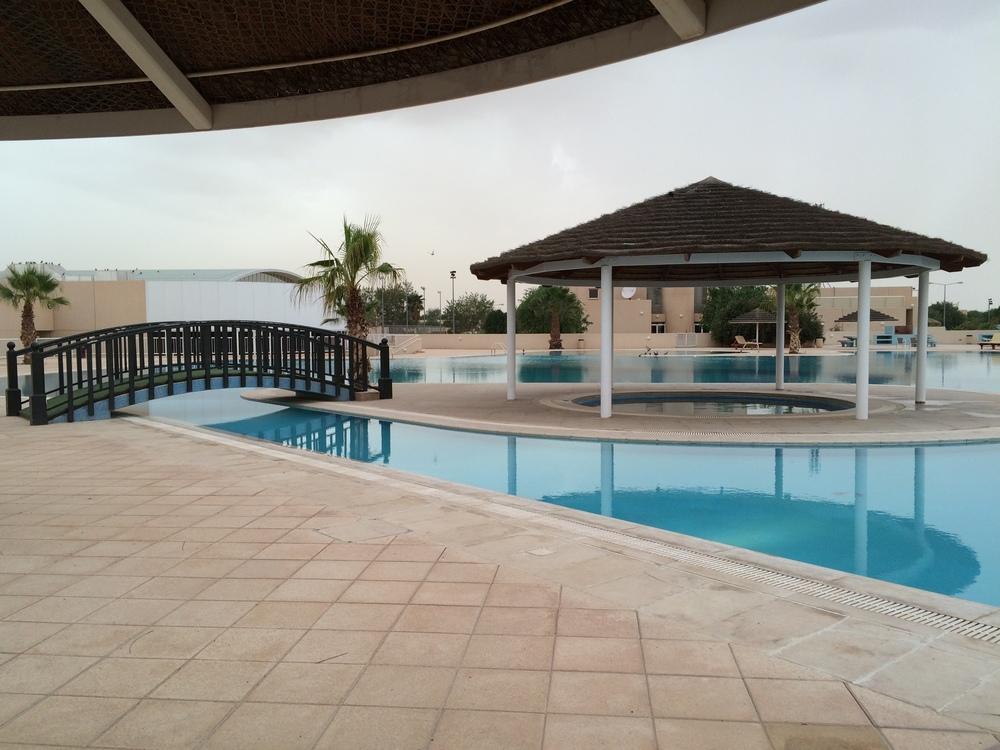 Kompleks basenów - jeden z kilku w Salwie