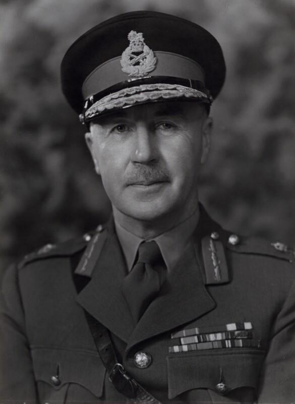 Sir-Colin-Bishop-Callander.jpg