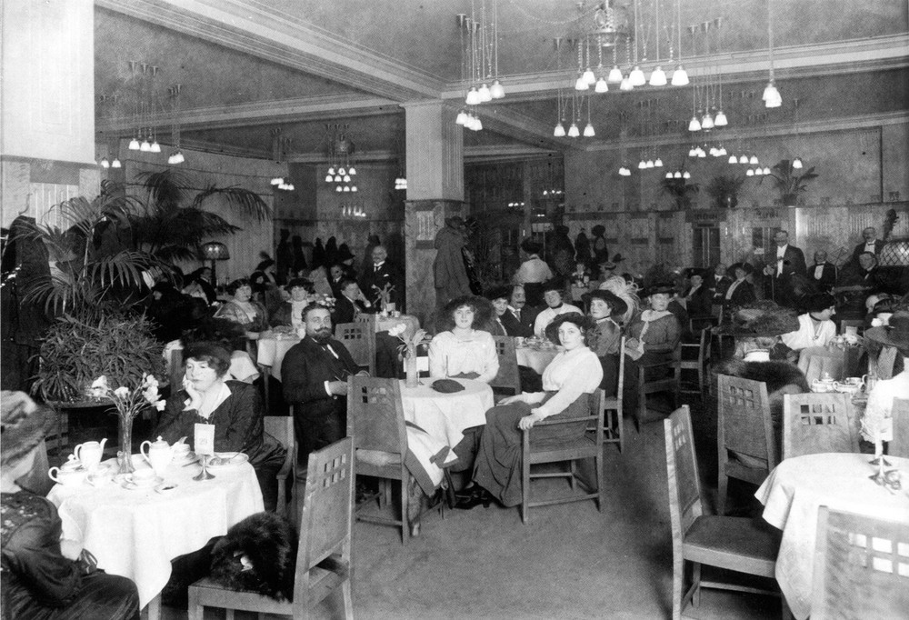The Tea Room of KaDeWe in 1907. No body sits down this much in 2015, I don't think.